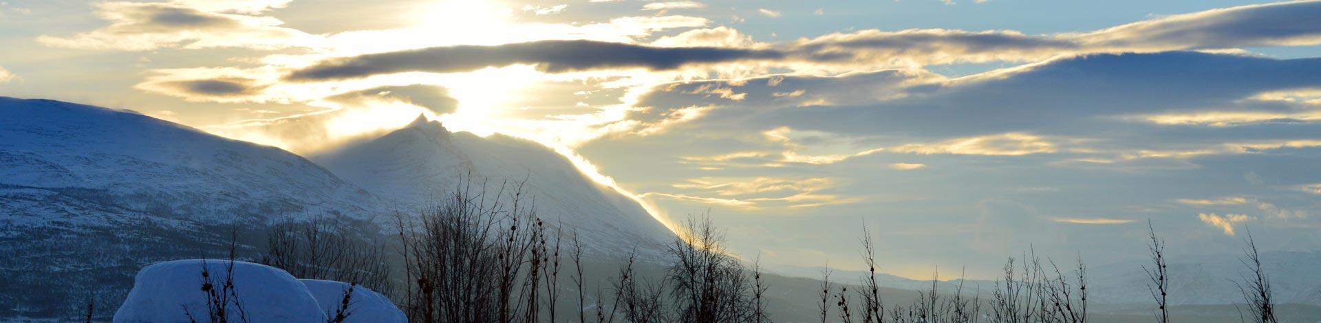 skitouren-in-norwegen-mit-schweizer-bergfuehrer